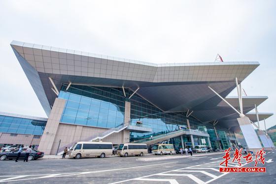 张慧)10月底张家界荷花国际机场航班将
